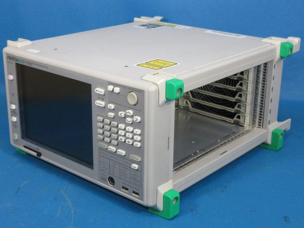 ネットワーク・パフォーマンステスタ MP1590B/02,03,30