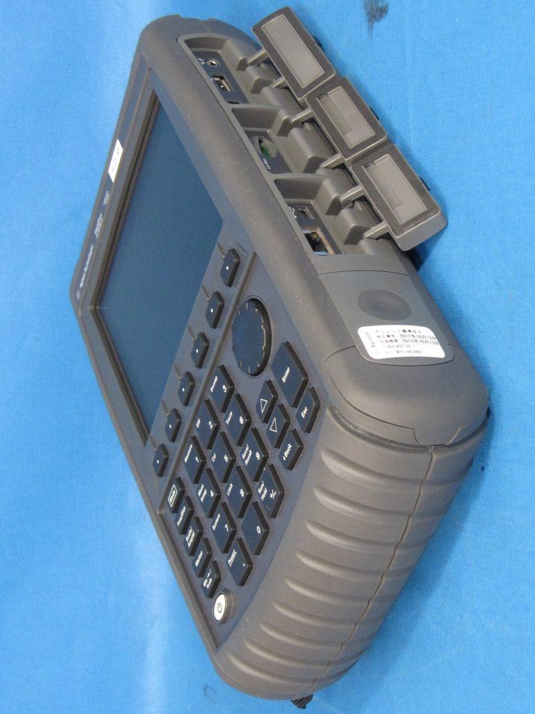 FieldFox ハンドヘルドRFアナライザ N9912A/104,111